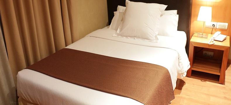 HABITACIÓN ESTÁNDAR INDIVIDUAL Hotel HLG CityPark Sant Just