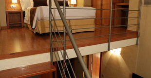 HABITACIÓN DÚPLEX Hotel HLG CityPark Sant Just